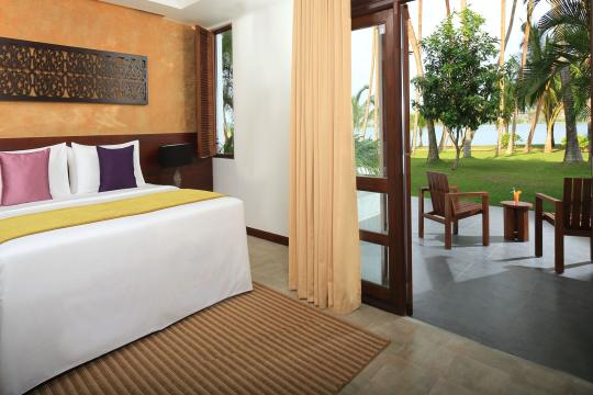 LKCMBAVANK Avani Kalutara Resort Superior Lagoon View Room
