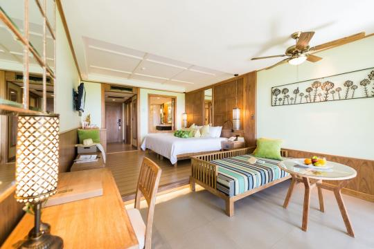 THHKTKATAT Katathani Phuket Beach Resort Junior Suite (3)
