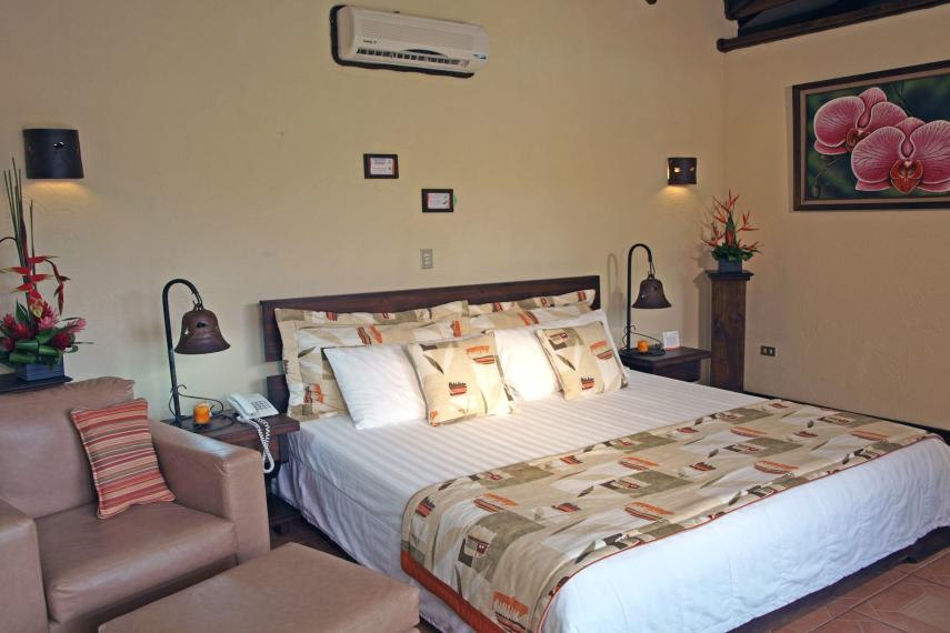 CRSJOARENA Arenal Springs Junior Room