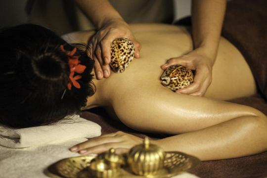 THBKKLITBA LIT Bangkok Kiriya Spa - Hot Seashell Massage