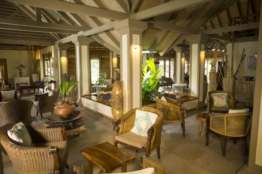 SCSEZINDIA Indian Ocean Lodge Lounge - lobby