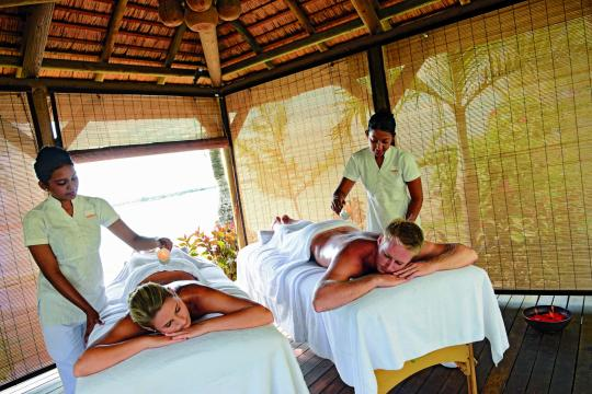 MUMRUAMBRE Ambre Resort & Spa Couple Massage