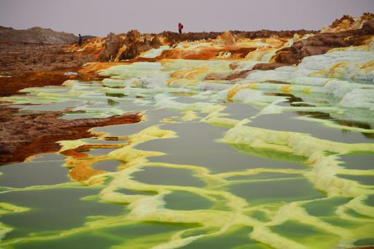 ET Äthiopien Hot springs in the Danakil Depression in Ethiopia's Afar region jorge-tung-E0gtyLcD4NE-unsplash