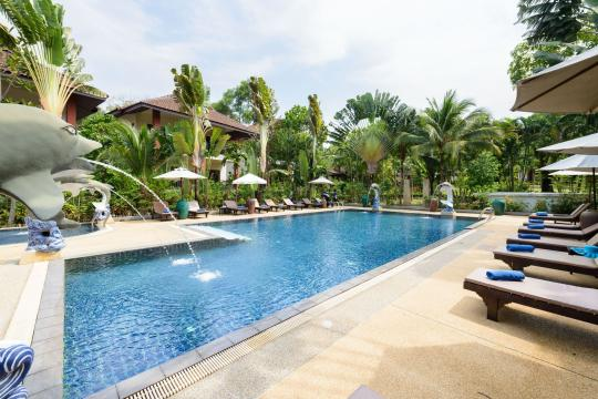 THHKTLEAOC The Leaf Oceanside by Katathani pool-3