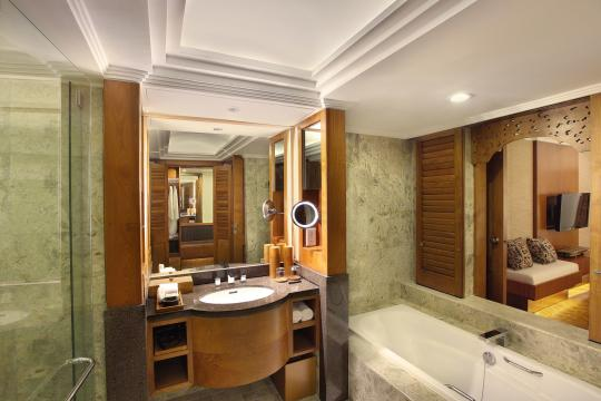 IDDPSNUSAD Nusa Dua Beach Premier Room Bathroom