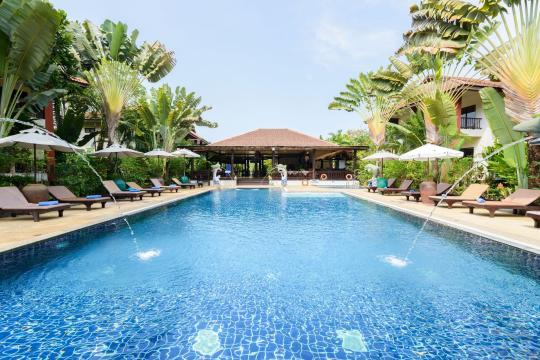 THHKTLEAOC The Leaf Oceanside by Katathani pool-2