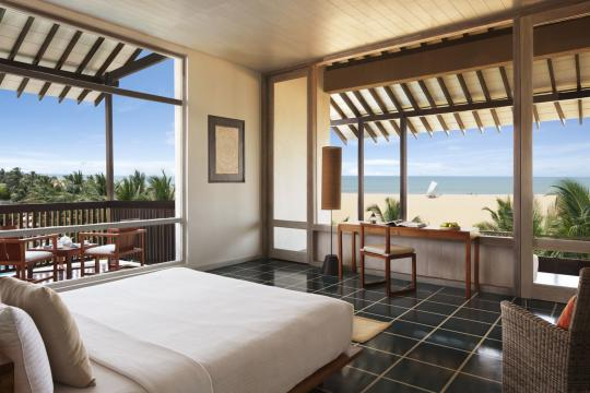 LKCMBJETWI Jetwing Blue Suite Bedroom Beach View