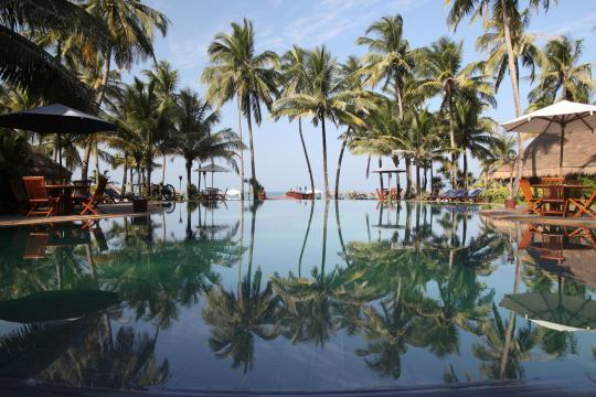 MMBSXTREAS Myanmar Tresure Beach Resort Pool & Beach