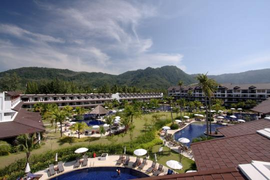 THHKTKAMAL Kamala Beach Resort 48 Overview pool@GrandWing 02