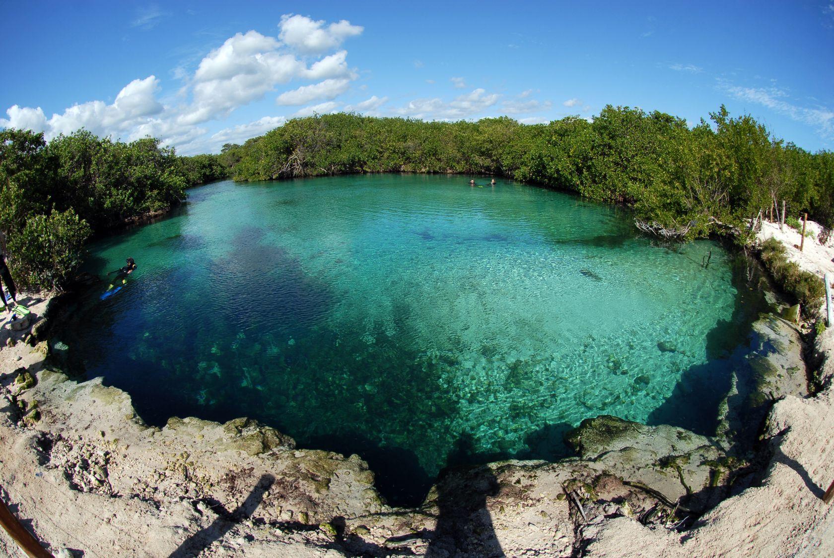 Casa Cenote.