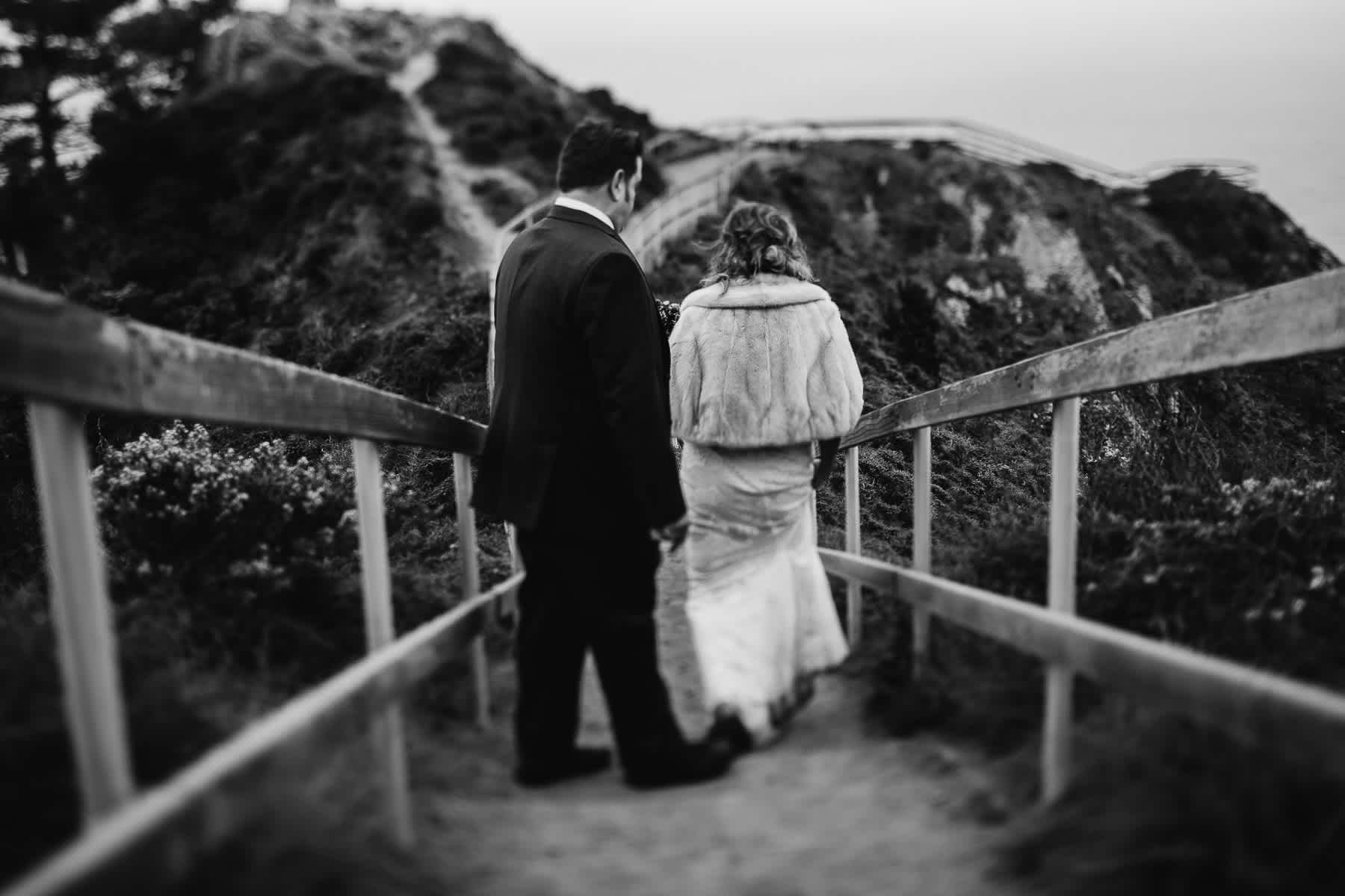 muir-beach-pelican-inn-foggy-wedding-73