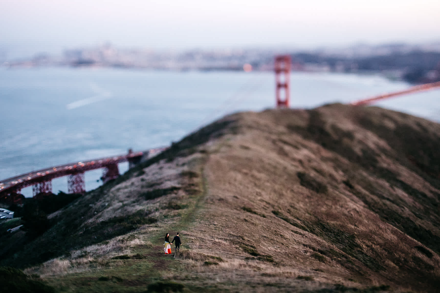 marin-headlands-redwood-golden-gate-bridge-engagement-session-38