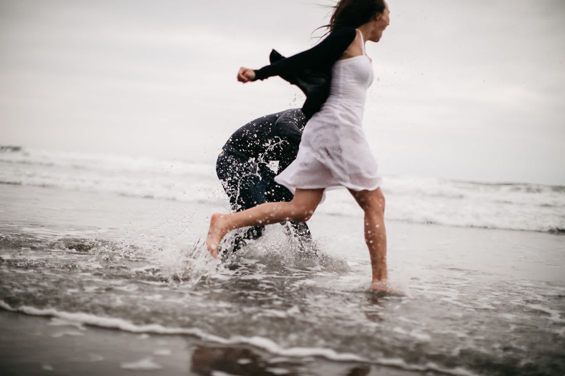 fort-funston-foggy-fun-beach-water-engagement-session-76