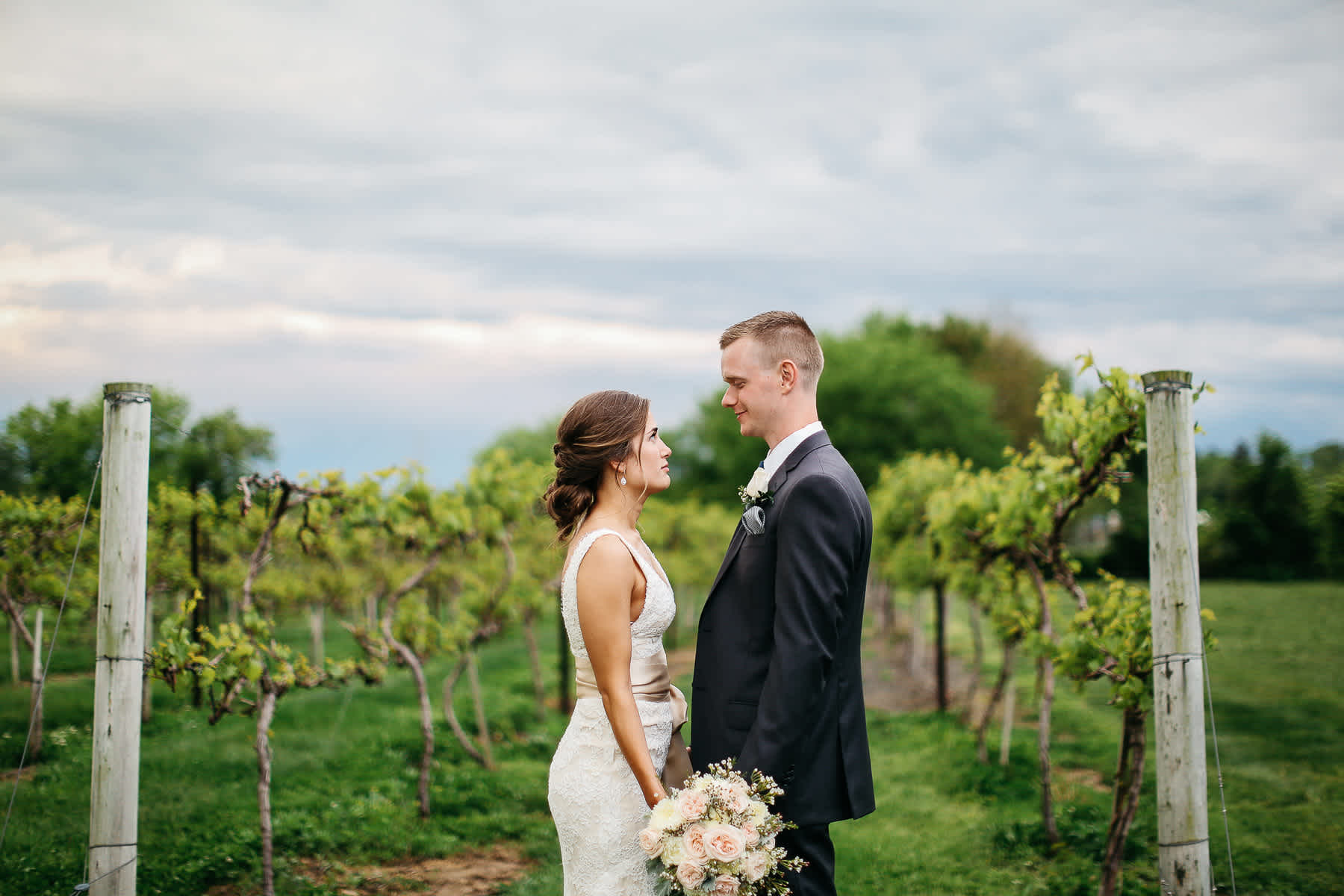 Pennsylvania-Newton-Rosebank-winery-spring-lifestyle-wedding-150
