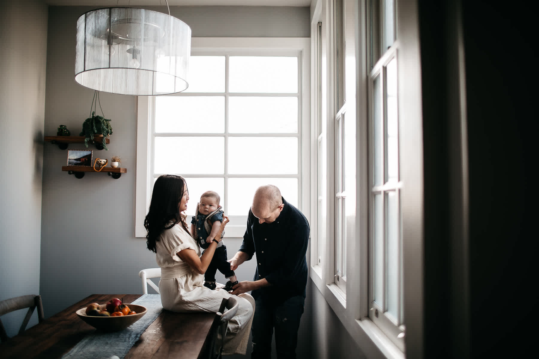 san-francisco-in-home-lifestyle-family-session-rainy-neighborhood-4