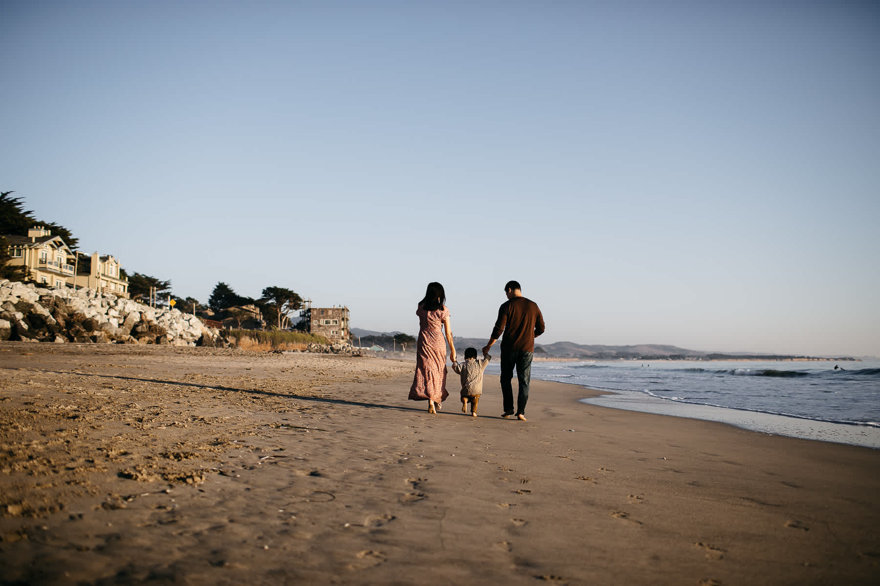 Half-moon-bay-beachy-sunset-lifestyle-family-session-22