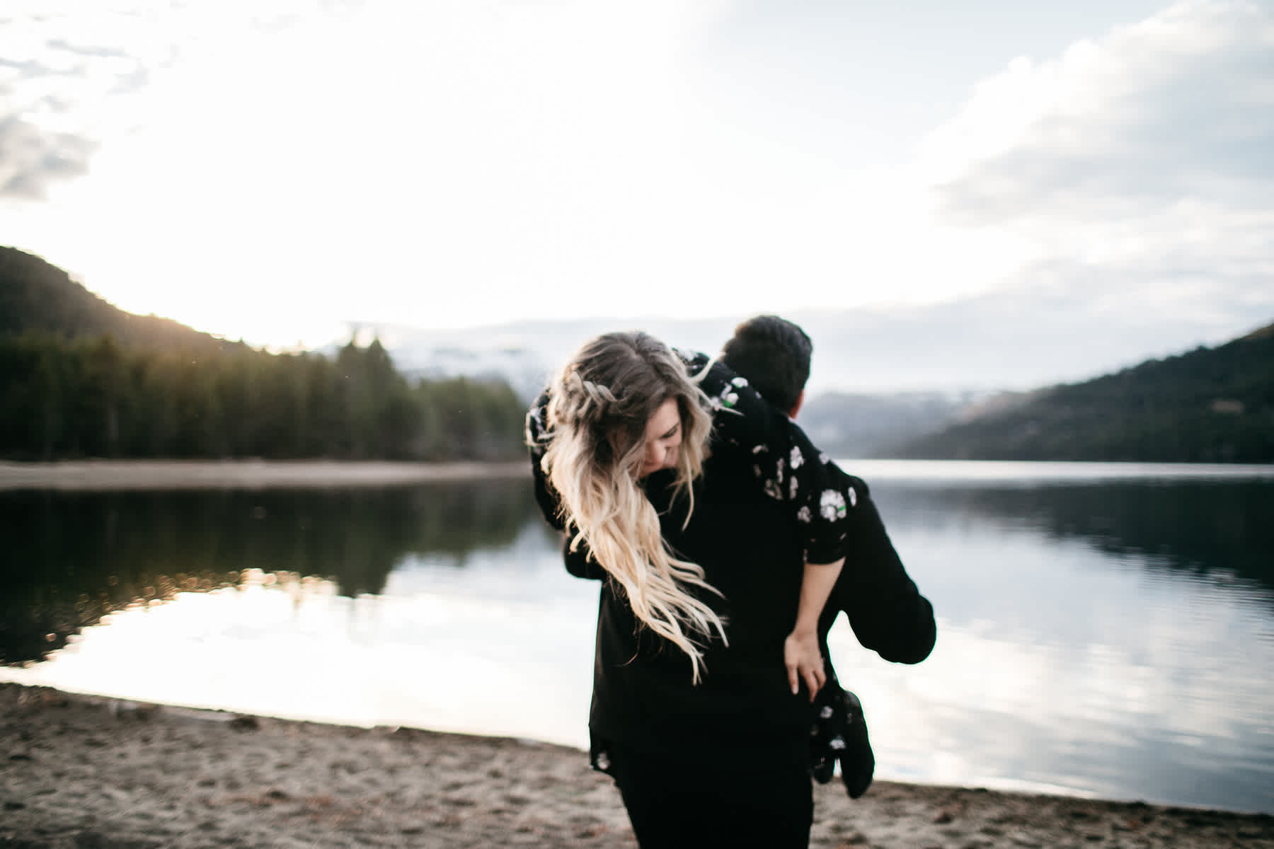 donner-lake-tahoe-national-forest-fall-engagement-session-29