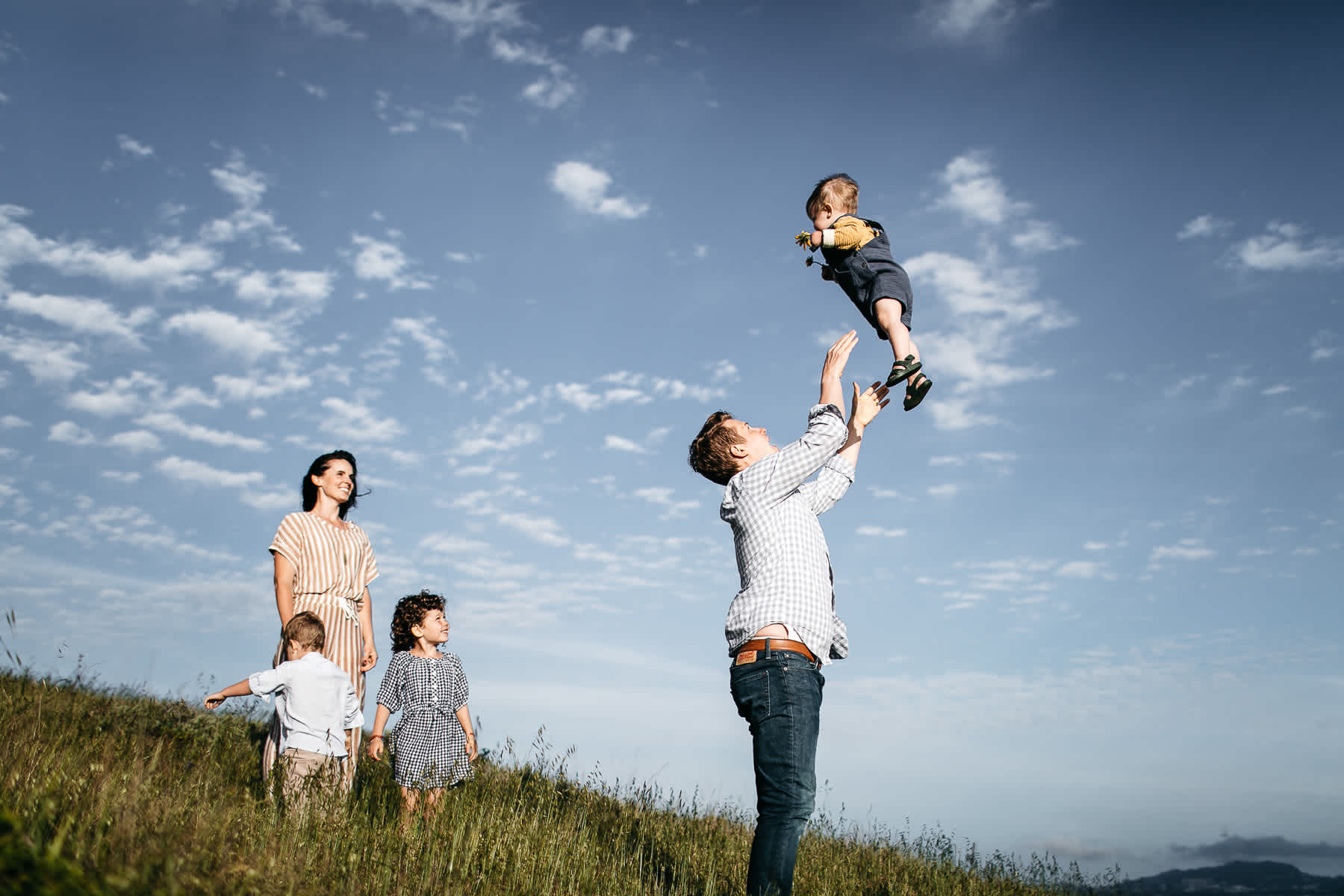 rodeo-beach-california-hills-lifestyle-family-session-19