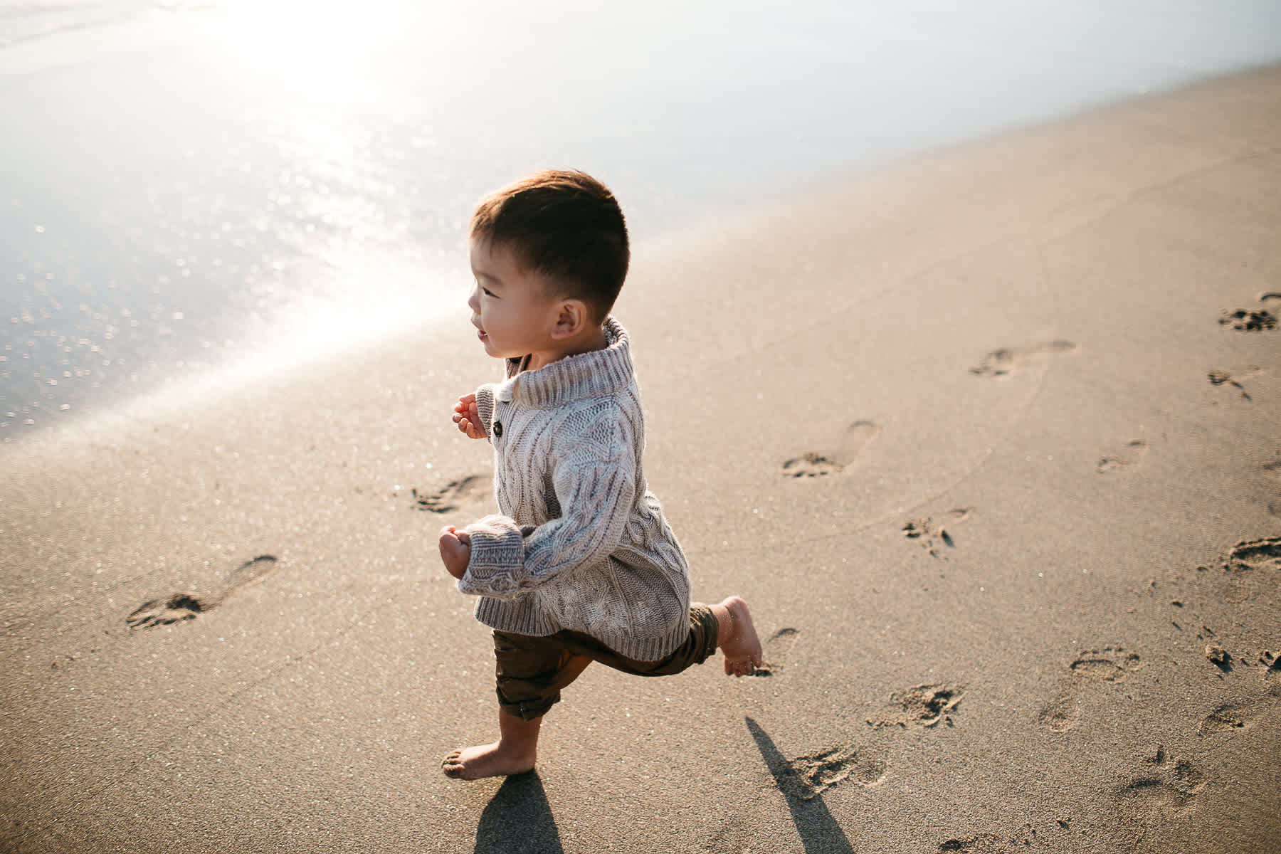 Half-moon-bay-beachy-sunset-lifestyle-family-session-21