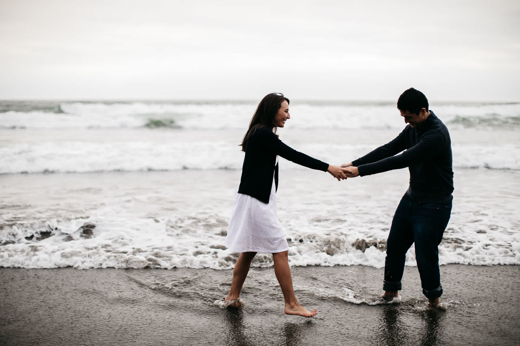 fort-funston-foggy-fun-beach-water-engagement-session-49