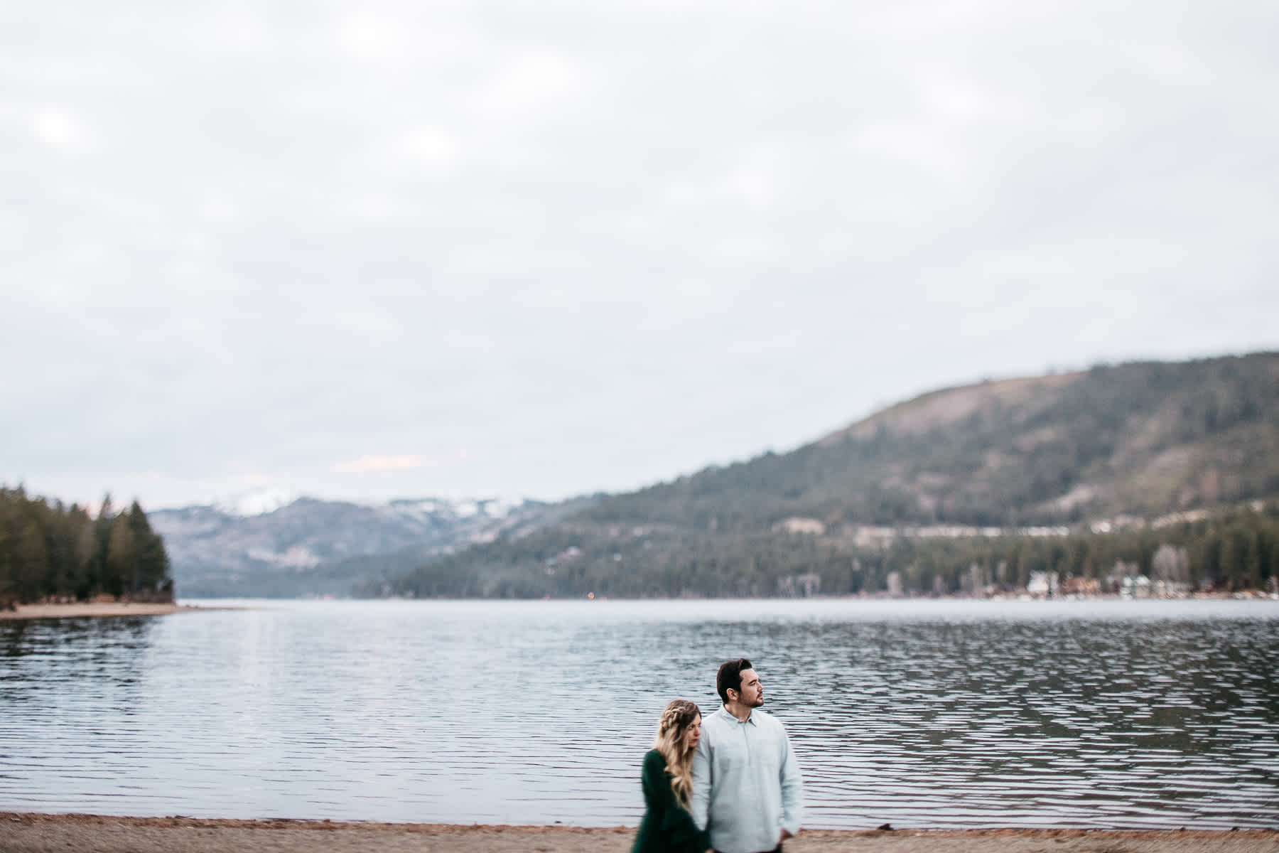 donner-lake-tahoe-national-forest-fall-engagement-session-47