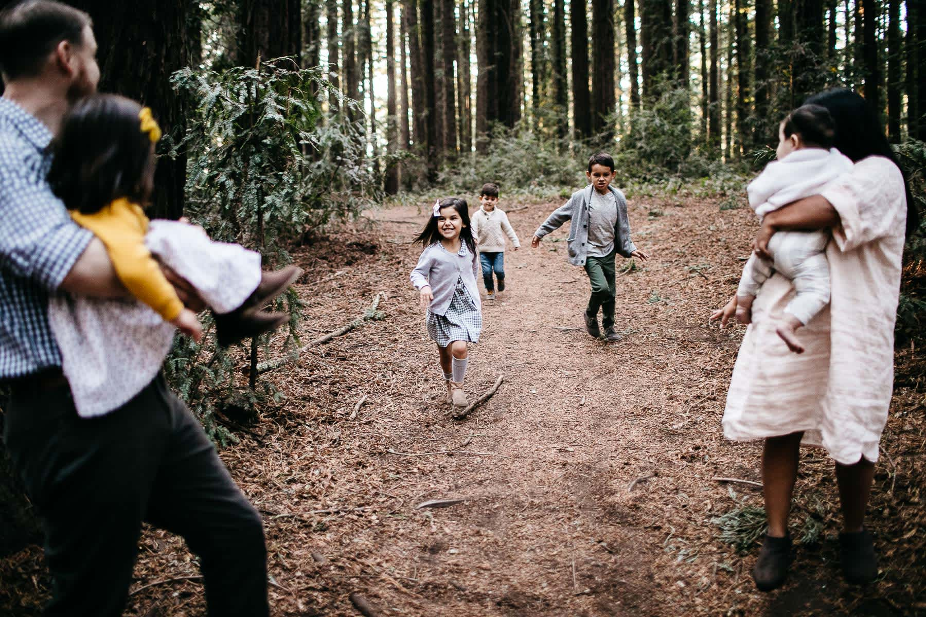oakland-redwoods-dreamy-big-family-lifestyle-session-25