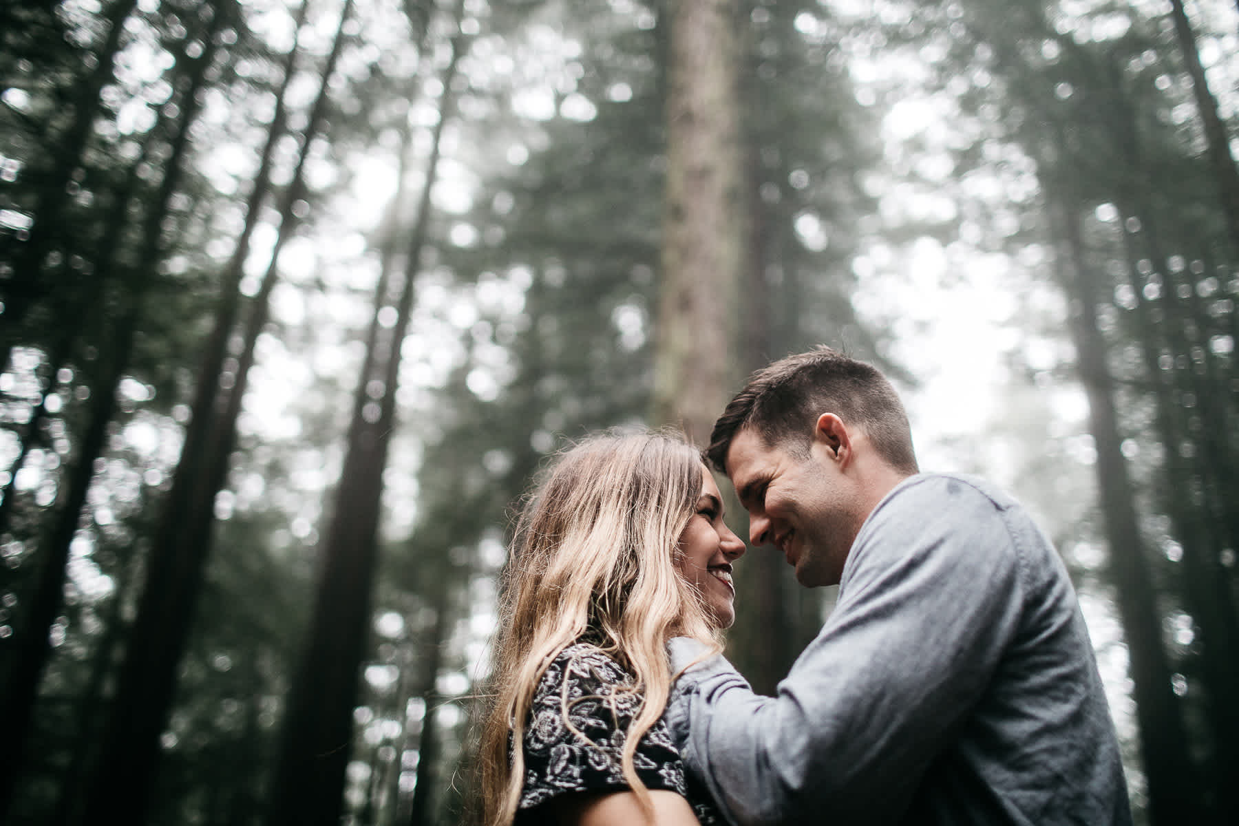 mt-tam-california-foggy-fall-engagement-hills-redwood-engagement-session-23