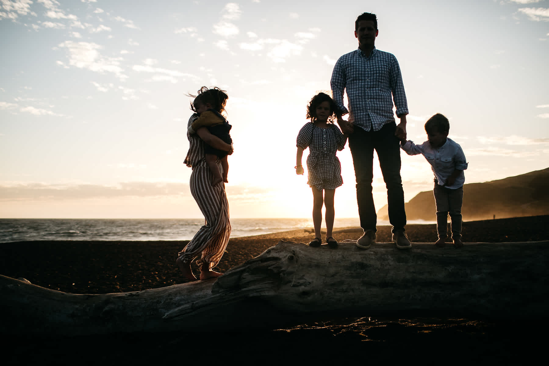 rodeo-beach-california-hills-lifestyle-family-session-33