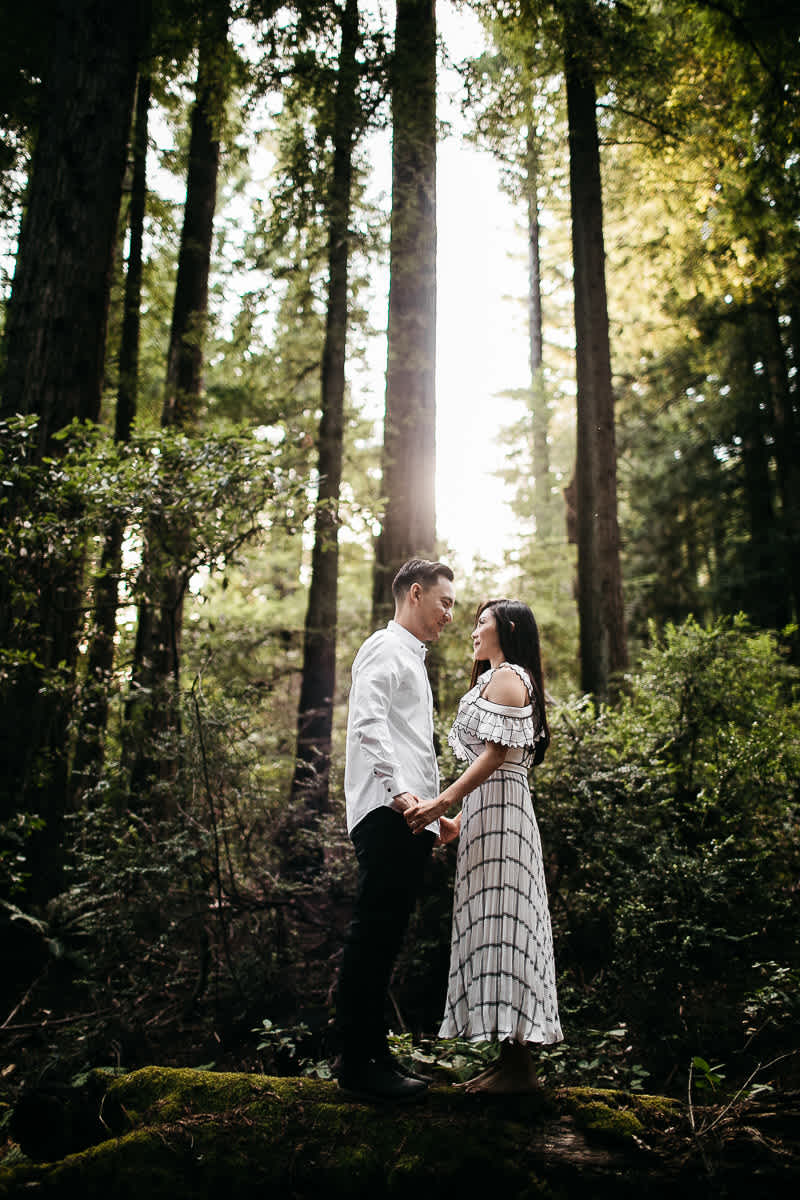 stinson-beach-muir-woods-sf-fun-quirky-engagement-session-7