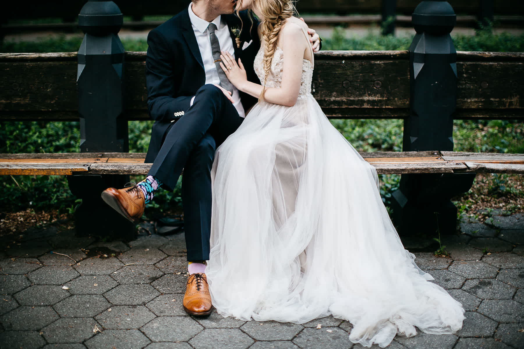 nyc-bhldn-stylized-brooklyn-bridge-elopement-65