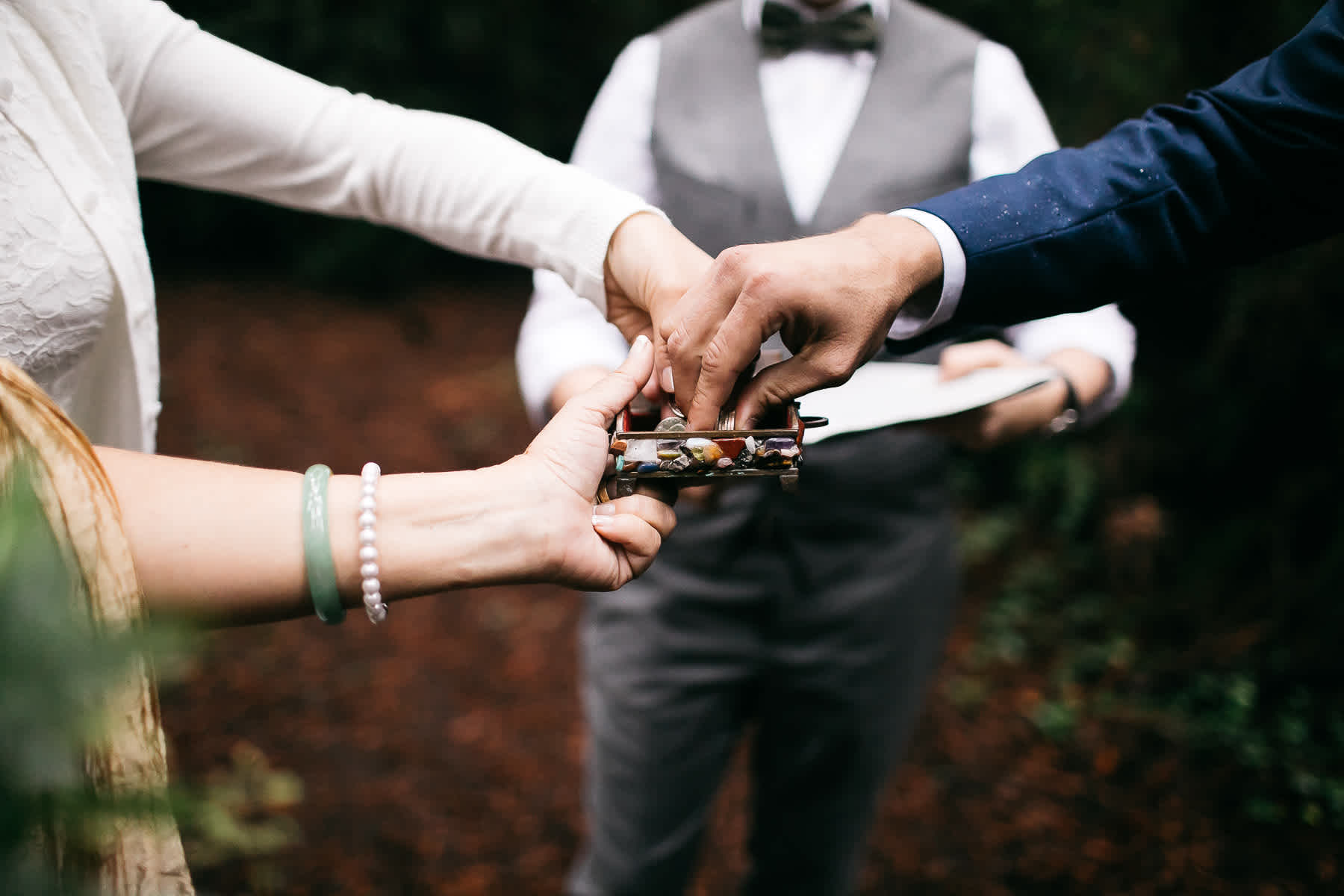 santa-cruz-redwoods-henry-cowell-rainy-elopement-photographer-15