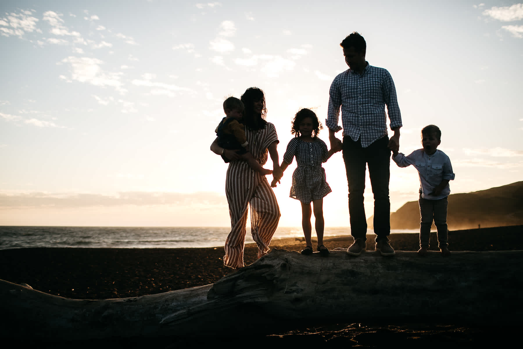 rodeo-beach-california-hills-lifestyle-family-session-50
