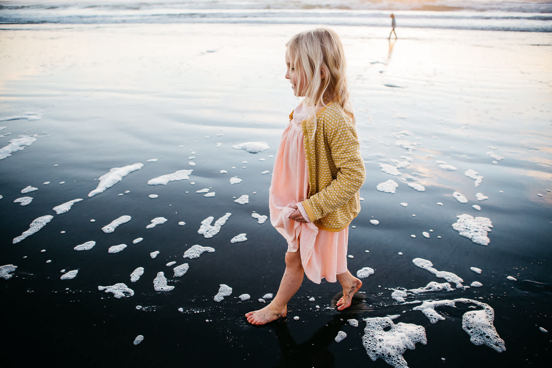 daughter-walking-sunset-ocean-beach-sf