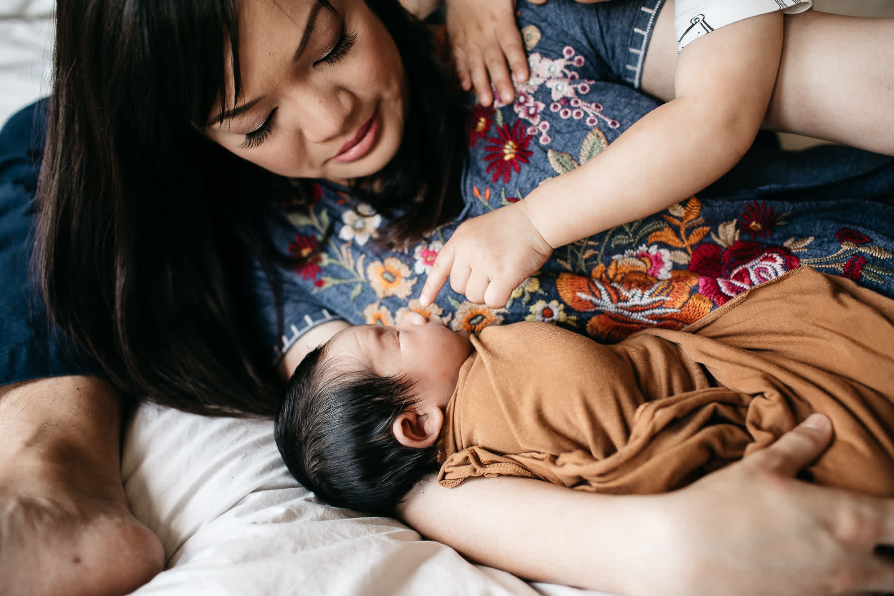 san-jose-family-lifestyle-newborn-rainy-day-shoot-11