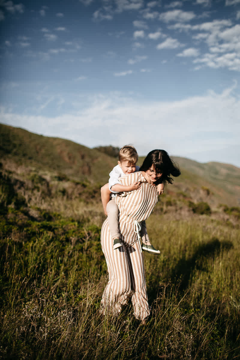 rodeo-beach-california-hills-lifestyle-family-session-3