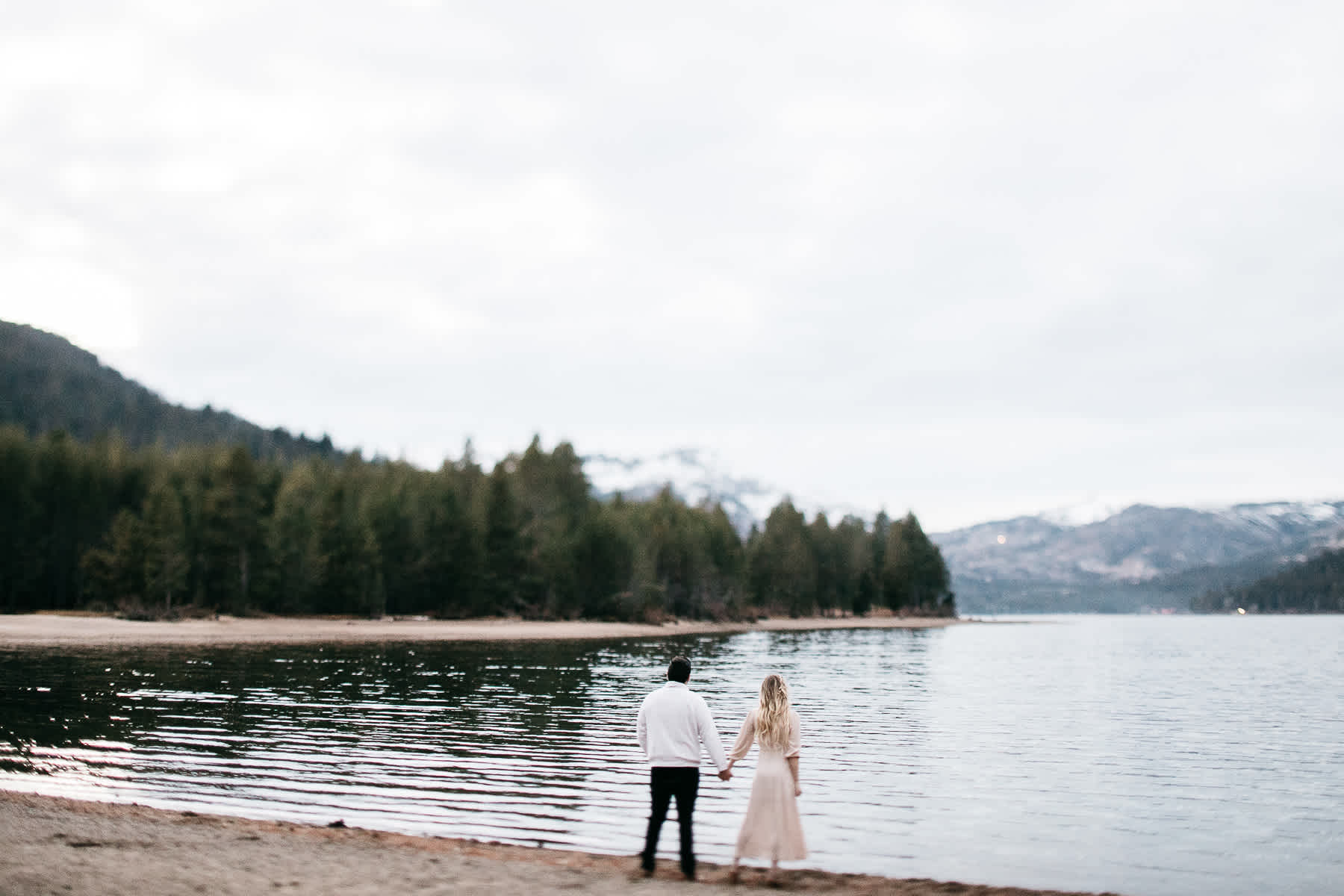 donner-lake-tahoe-national-forest-fall-engagement-session-51