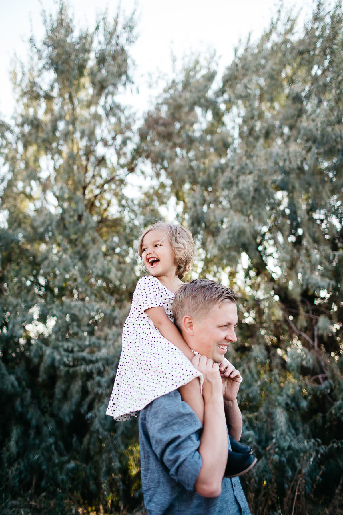 salt-lake-city-family-lifestyle-phtpographer-golden-field-16