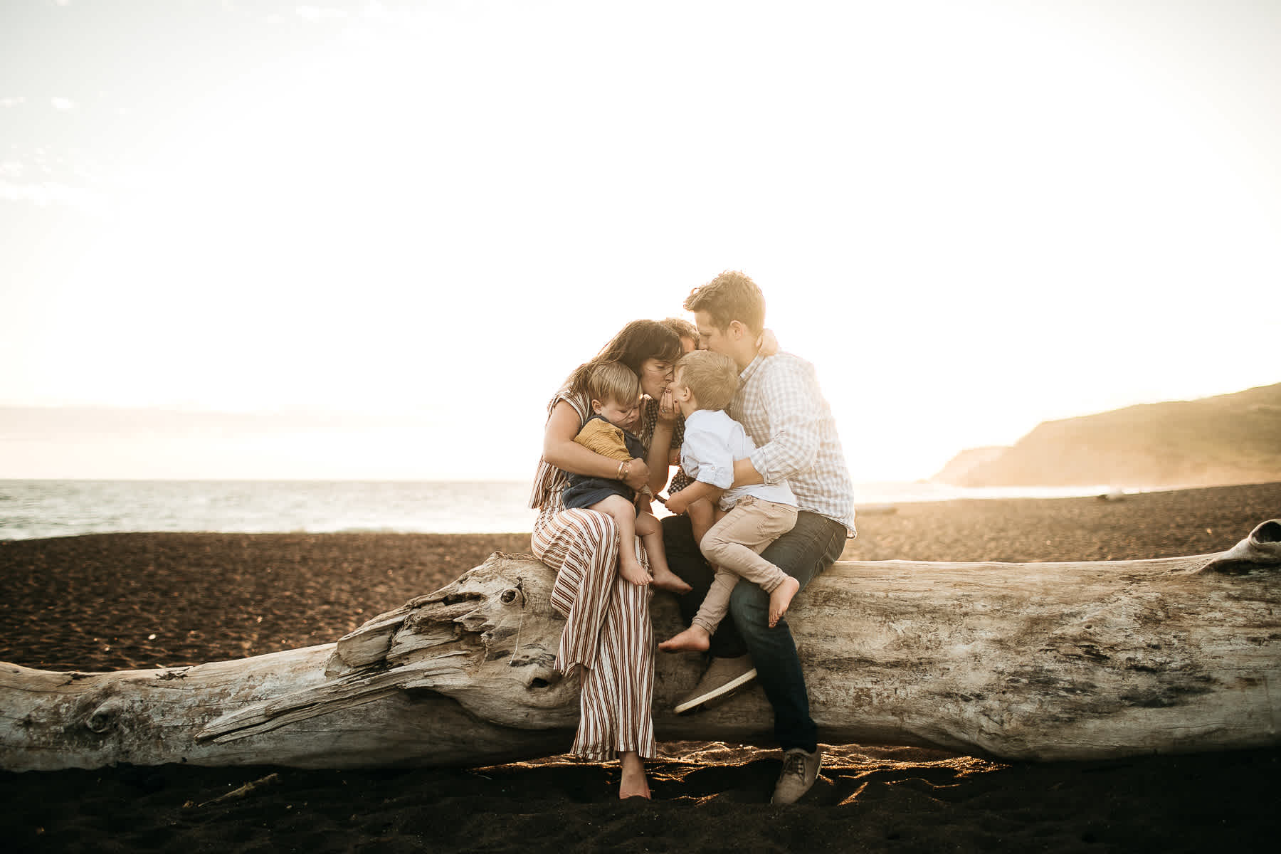 rodeo-beach-california-hills-lifestyle-family-session-52