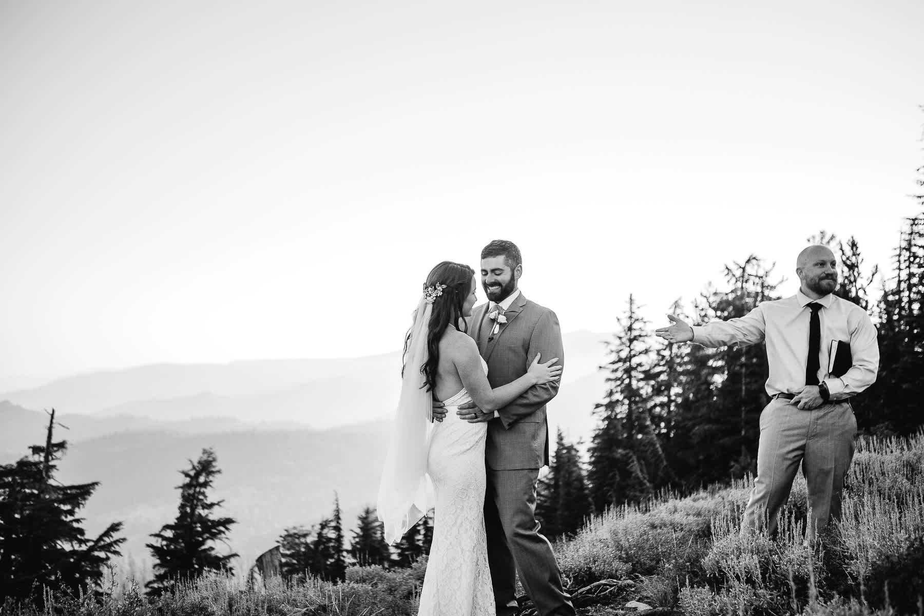 lake-tahoe-mountain-top-sunrise-elopement-ca-43