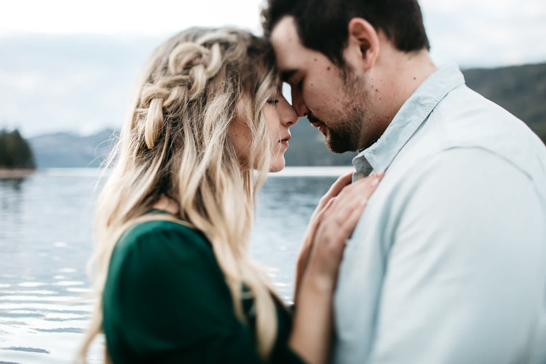 donner-lake-tahoe-national-forest-fall-engagement-session-33