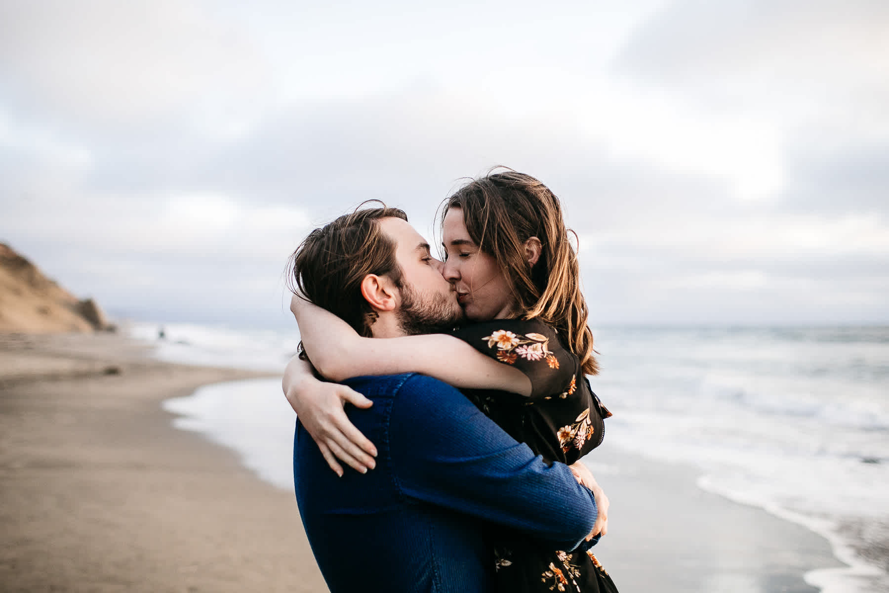 san-francisco-cloudy-outer-sunset-couple-session-39