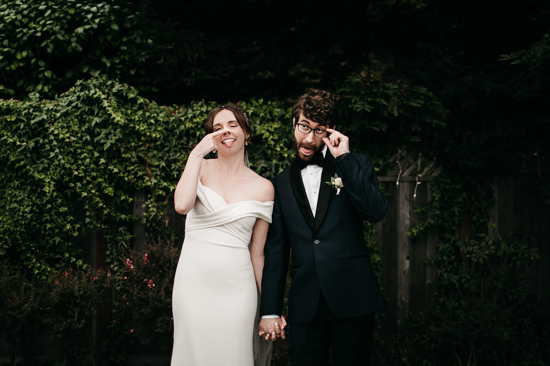 bodega-bay-secret-garden-gloomy-fall-wedding-114