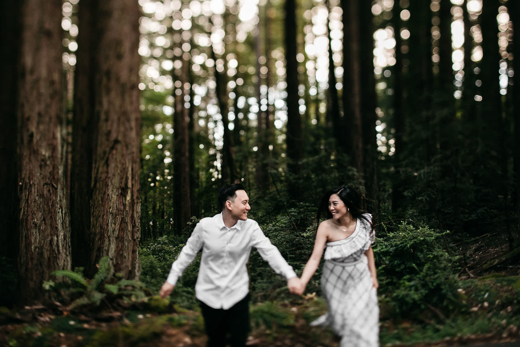 stinson-beach-muir-woods-sf-fun-quirky-engagement-session-13