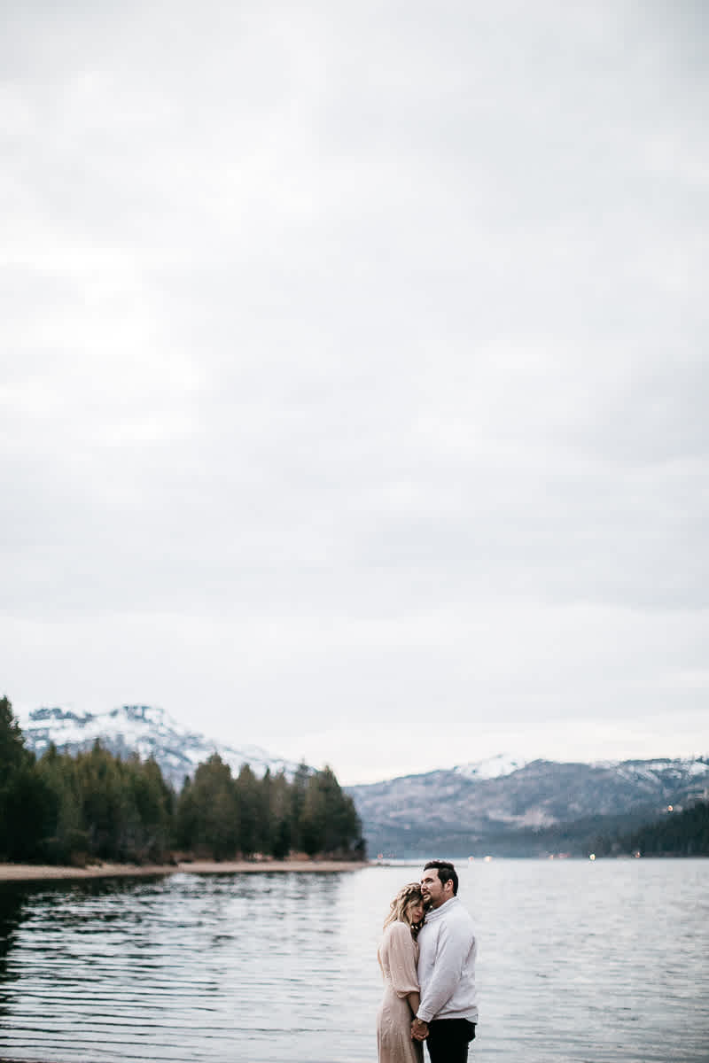 donner-lake-tahoe-national-forest-fall-engagement-session-56