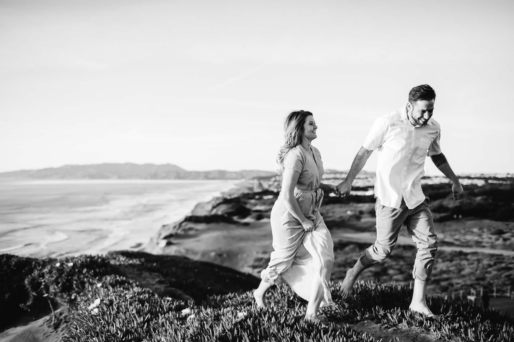 fort-funston-engagement-session-sunset-fun-beach-session-22