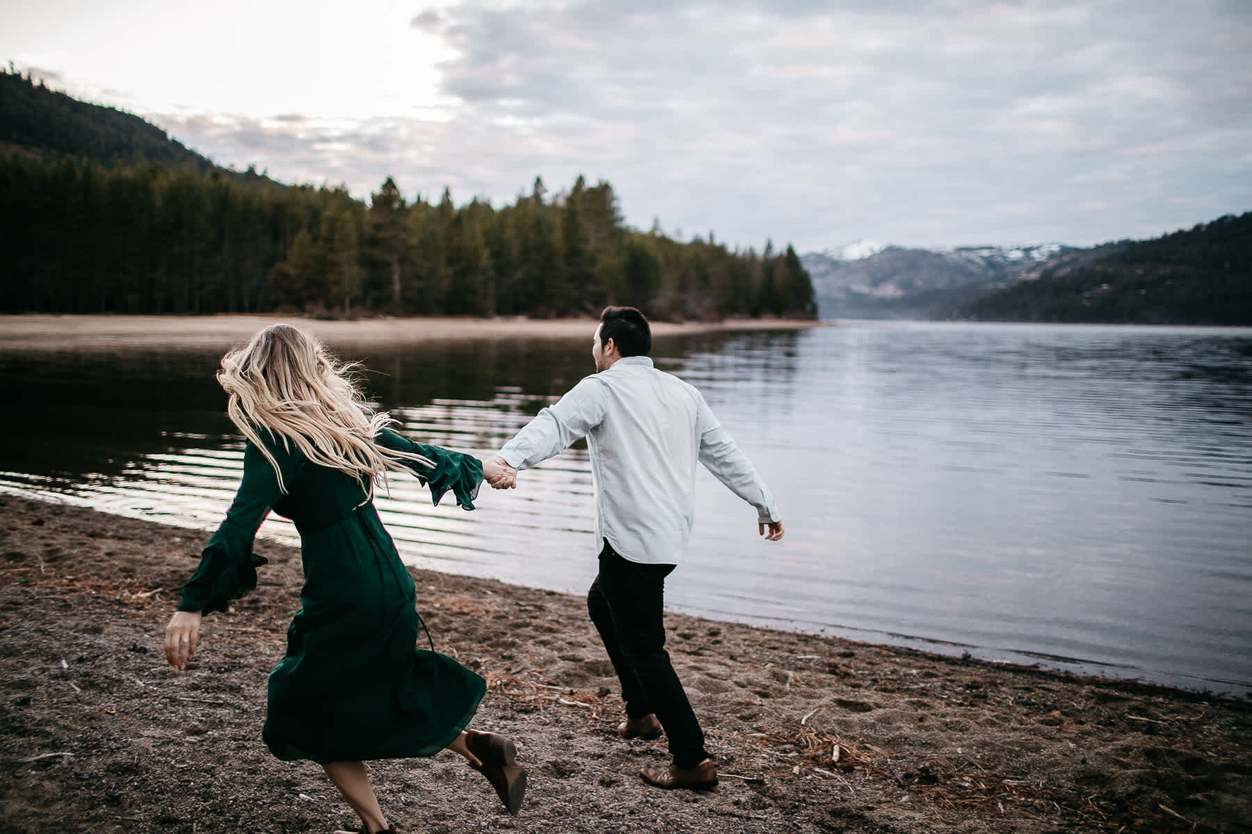 donner-lake-tahoe-national-forest-fall-engagement-session-44