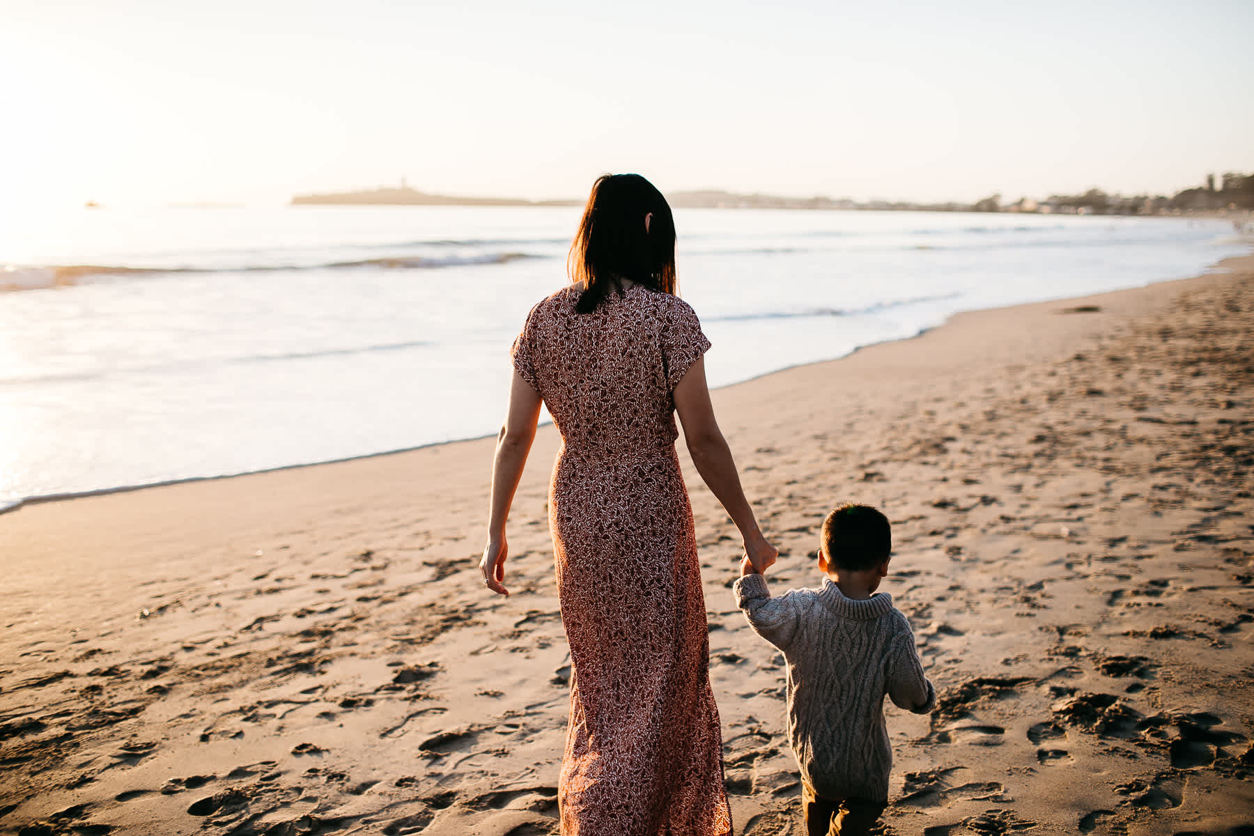 Half-moon-bay-beachy-sunset-lifestyle-family-session-29