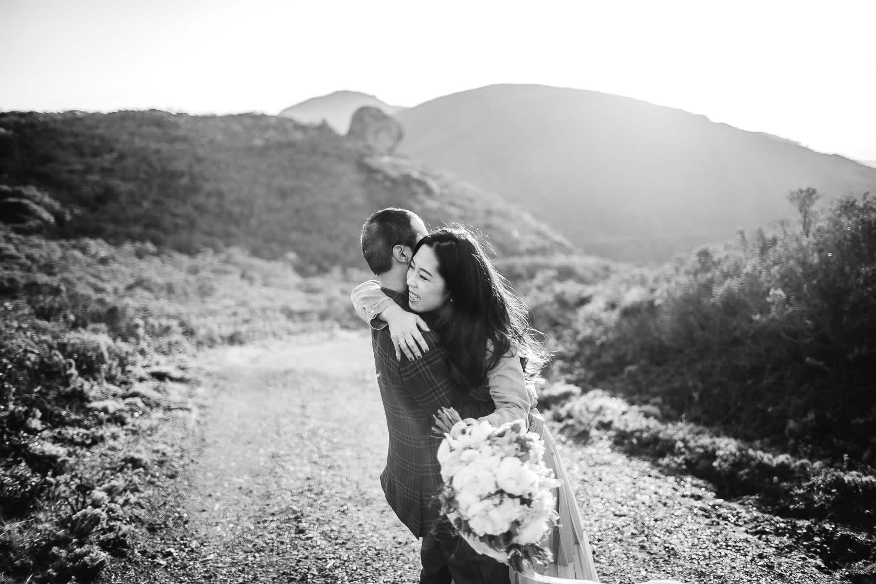 marin-headlands-redwood-golden-gate-bridge-engagement-session-16