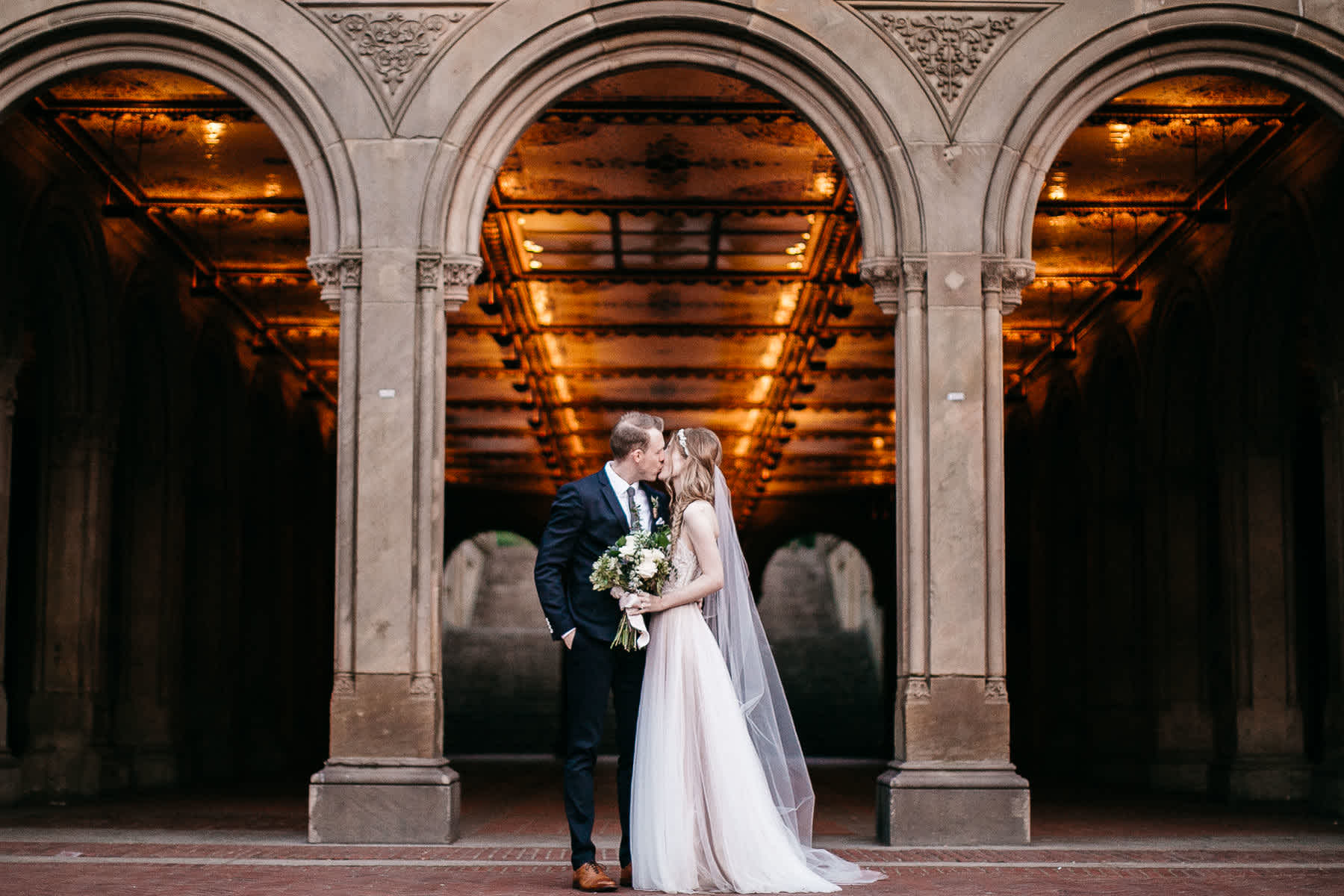 nyc-bhldn-stylized-brooklyn-bridge-elopement-77