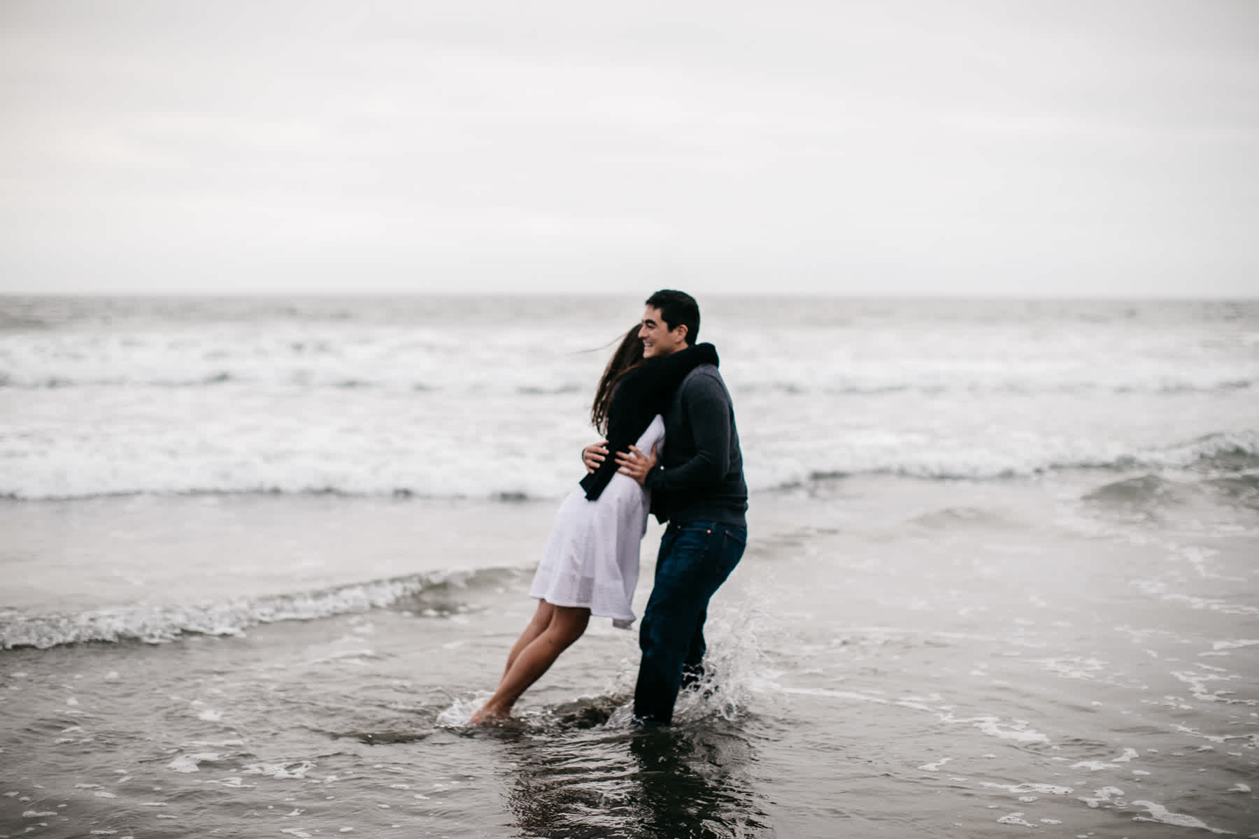 fort-funston-foggy-fun-beach-water-engagement-session-59